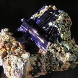 Azurita. Mina Touissit, Oujda, Marruecos. 6x4,5x3 cm. Cristales de hasta 3,3 cm. Col. y foto Nacho Gaspar. (Autor: Nacho)