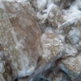 Dolomita recubierta de Calcita<br />Setiles, Comarca Señorío de Molina-Alto Tajo, Guadalajara, Castilla-La Mancha, España<br />25 x 15 cm.<br /> (Autor: javier ruiz martin)