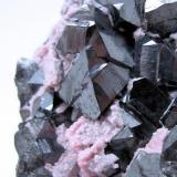 Alabandite, rhodochrosite Uchucchacua Mine, Oyon, Lima, Peru 60 mm x 59 mm x 46 mm  Close-up view (Author: Carles Millan)