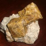 Vesuvianite Hercules, Coahuila, México 13 cm. (Author: javmex2)