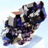 Fluorite Shaft Josefa Veneros, La Collada, Asturias, Spain 5x2 cm (Author: Enrique Llorens)