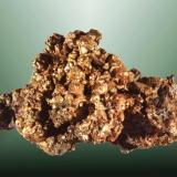 Cobre Sierra Mojada, Sierra Mojada (municipio), Coahuila, México. Veta Rica (m). Agregado de cristales cúbicos. 8,4 x 5,0 x 5,4 cm. (Autor: Carles Curto)