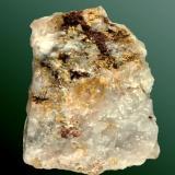 Oro Barrancabermeja, Magdalena, Antioquía, Colombia. Agregados esponjosos y microcristales ganchudos en fisuras de cuarzo masivo (ejemplar de 1970). 4,9 x 4,0 x 1,8 cm. (Autor: Carles Curto)