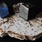 Granate Andradita, Imilchil, Marruecos, 5x3 (Autor: E. Llorens)
