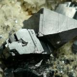 Anatasa Hardangervidda, Noruega 6x5 cm. (Cristal mayor 1,5 cm) (Autor: nerofis2)