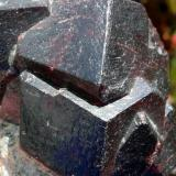 Granate Almandino Ötztal, Tirol, Austria. 7x6 cm (Autor: nerofis2)