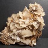 Barita Mina Beltraneja - Complejo minero El Cortijuelo - Bacares - Almería - España 9x8 cm Cristales de hasta 1,5 cm (Autor: panchito28)