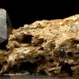 Magnetita Imilchil, Alto Atlas, Provincia de Er Rachidia, Región Meknès-Tafilalet, Marruecos 5,5 x 4 x 4,5 cm. (Autor: Antonio Alcaide)