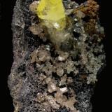 Anglesita, Cerusita, Galena Puit IX,Touissit, Oujda, Marruecos 8x4,5x6 cm (Autor: Jmiguel)