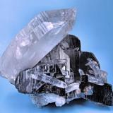 Ferberite, arsenopyrite, quartz Yaogangxian Mine, Yizhang Co., Chenzhou Prefecture, Hunan Province, China 94 mm x 84 mm (Author: Carles Millan)