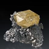 Calcite with Dolomite Benchmark Quarry, St Johnsville, Montgomery Co., New York 4.5 x 5 cm (Author: am mizunaka)