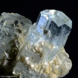 Berilo variedad aguamarina.  Nagar. Paquistán.  5x4 cm. Cristal mayor 2.7 cm. (Autor: Juan Luis Castanedo)