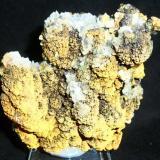Goethita Limonitizada con cristales de Calcita.<br />Mina Trinidad, Cerros del Romeral y Pechón, Benalmádena-Mijas, Comarca Costa del Sol Occidental, Málaga, Andalucía, España<br />9x8 cm.<br /> (Autor: Laureano)