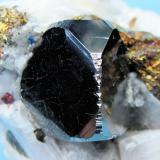 Carrollite, calcite, chalcopyrite Kamoya South II Mine, Kamoya, Kambove District, Katanga Copper Crescent, Katanga, Zaire 52 mm x 46 mm x 41 mm  Close up (Author: Carles Millan)