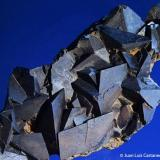 Siderita.  Sierra Almagrera. Cuevas de Almanzora. Almería. Andalucía. España.  10x4 cm. Cristal mayor 1.8 cm. (Autor: Juan Luis Castanedo)