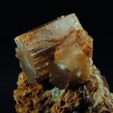 Aragonito Molina de Aragón. Guadalajara. España Cristales de 10 mm en matriz de Yeso Recolectado en 1995 (Autor: Daniel Agut)