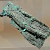 Chalcocite replacing Wood Nacimiento Copper Mine, Sandoval County, New Mexico, USA 13.3 x 5.1 cm The primary ore of the copper mine (Author: Philip Simmons)