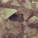 Amatista Corta Vértice. Cerro Muriano. Córdoba. España. 20 x 20 mm (encuadre aproximado de la foto) Detalle de uno de los cristales de las fotos anteriores (Autor: Daniel Agut)