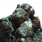 Granate & Ferropargasita Minas de Cala - Huelva - Andalucia - España 55 x 40 x 35 mm (Autor: Joan Martinez Bruguera)