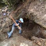 Excavando en la veta. G. Sobieszek photo. (Autor: Josele)