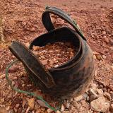 Capazo hecho con neumáticos. G. Sobieszek photo. (Autor: Josele)