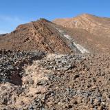 Excavaciones en busca de trilobites en las calizas devónicas cerca de Alnif. Fot. K. Dembicz. (Autor: Josele)
