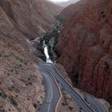 Carretera panorámica en el valle de Dades. Fot. J. Scovil. (Autor: Josele)