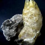 Calcite Sweetwater Mine, Ellington, Viburnum Trend District, Reynolds Co., Missouri, USA Specimen height 95 mm (Author: Tobi)