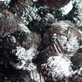 Pirolusita Mina Haití, Cabezo de San Gines, Sierra Minera de Cartagena y La Unión, Cartagena, Murcia, España 4 x 4 cm.  Detalle de la pieza anterior. (Autor: javier ruiz martin)