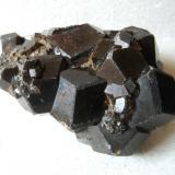 Andradite var. melanite Diakon, Nioro du Sahel Circle, Kayes Region, Mali Specimen width 80 mm (Author: Tobi)