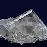 Calcite Minerva No. 1 Mine, Cave-in-Rock, Hardin Co., Illinois, USA 7.2 x 4.9 cm (Author: am mizunaka)