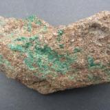 Malachite Westfield, Hampden Co., Massachusetts, USA FOV. aprox.11 cm. (Author: vic rzonca)