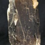 Cuarzo ahumado Massabé, Sils, La Selva, Girona, Catalunya, España 11 x 4 x 4 cm (Autor: DavidSG)