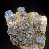 Fluorita azul y Cuarzo Mines de Sant Marçal - Montseny - Viladrau - Osona - Girona - Catalunya - España 50 x 35 x 35 mm (Autor: Joan Martinez Bruguera)