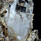 Cuarzo.  Cantera Brunita. Sierra Minera de Cartagena-La Unión. La Unión. Murcia. España.  6x5.5 cm.  Cristal 2.3 cm. (Autor: Juan Luis Castanedo)