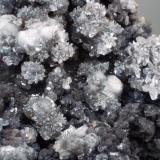 Óxidos de manganeso con Calcita Cantera Carija - Mérida - Badajoz - Extremadura - España 65 x 65 x 40 mm Detalle (Autor: Joan Martinez Bruguera)