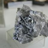 Antimonita Almuradiel, Ciudad Real, España Cristal más grande 2,5 cms.... Mira que he ido veces a estas minas,pero en la última obtuve mi recompensa.... (Autor: Gelo)