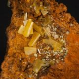 Wulfenita Mina Ojuela, Mapimí, Durango, México 5x5 cm Detalle de la anterior (Autor: victor chaul chamut)