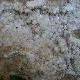 Cuarzo  Valle de Valdeflórez - Cáceres capital - Cáceres - Extremadura - España Son cristales alojados en una gran roca de cuarcita por eso no aporto medidas. (Autor: Antonio GG)