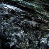 Actinolite. Vegarshei, Aust-Agder, Norway. FOV 20 x 15 mm approx (Author: nurbo)