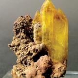 Legrandite Ojuela Mine, Mapimí, Municipio de Mapimí, Durango, Mexico Specimen size: 2.5 × 1.7 × 1.4 cm. Crystal size: 2 × 0.9 cm. Photo: Reference Specimens -> http://www.fabreminerals.com/specimens/SHQ-reference-fine-minerals.php#TJ14D3 (Author: Jordi Fabre)