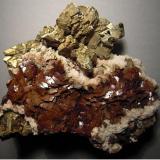 Calcopirita, siderita y ankerita Mina Nuevo San Juan, Abanto-Zierbena, Bizkaia, España 10x8 cm (Autor: totxu)