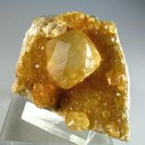 Calcite La Sambre Quarry, Landelies, Hainaut Province, Belgium Specimen size 7 cm (Author: Tobi)