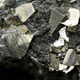 Arsenopirita. Mina de Cala, Cala, Huelva, Andalucía, España. Enfoque 1,5 cm (Autor: Antonio Carmona)