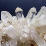 Cuarzo Cáceres, Extremadura, España 2 cm de alto x 1,5 cm. de ancho el cristal mayor (Autor: Antonio GG)