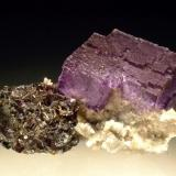 Fluorite, Sphalerite and Dolomite Elmwood Mine, Smith County, Tennessee, USA 8.5x5.7cm (Author: Greg Lilly)