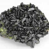 Epidote Minerals from Khowrin Mount, Kohandan (East of Tafresh), central Iran 10.4 cm in width (Author: vhairap)