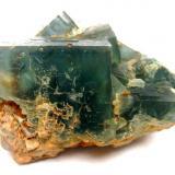 Fluorite Hesselbach Mine, Ödsbach, Oberkirch, Black Forest, Baden-Württemberg, Germany Specimen width 9,5 cm, the main fluorite crystal measures 4 cm Fluorite backside (Author: Tobi)