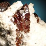 Esfalerita, Dolomita Mina Las Manforas, Puerto de Áliva, Cantabria, España Cristal de 4.5cm Y este cristal fue portada de la revista (Autor: Raul Vancouver)