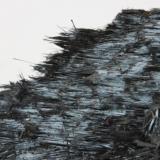 Óxidos de Manganeso - Hollandita Playa Cola de Caballo, Portmán, La Unión, Sierra Minera de La Unión-Cartagena, Murcia, España 52x35x9 mm, detalle muestra anterior (Autor: Carles)